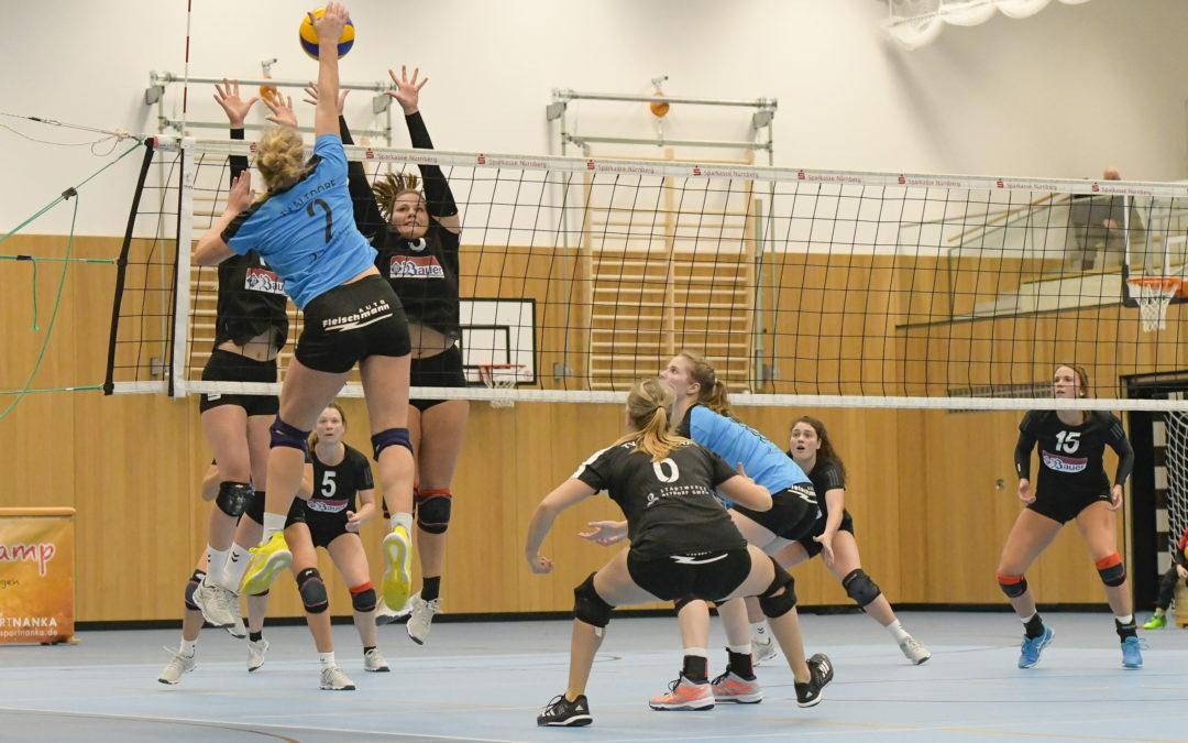 3.-Liga-Volleyballerinnen des TV Altdorf verteilen Gastgeschenke